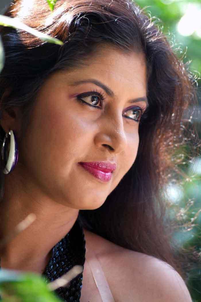 Sri lankan desi awesome sex - 1 9