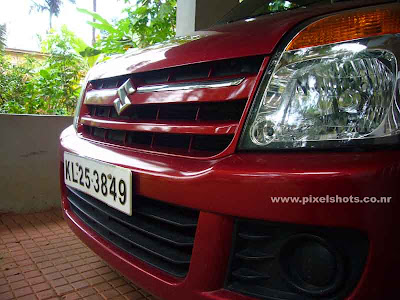 Maruthi Suzuki Waganor,car photograph showing a close snap of the automobile front grill