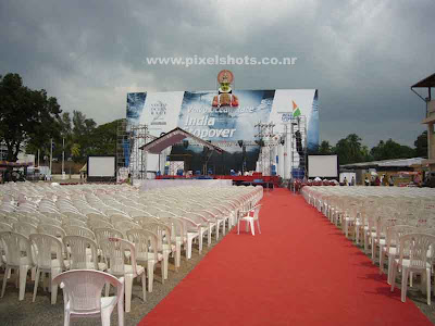 photograph of stage built in volvo race village for public performance of keralas cultural arts,public stages in kerala,major events 2009,cochin events