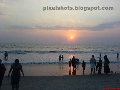sunset scenery photography from beaches in kerala,calicut beach sunset scenery,sunsets,kerala sunsets,sunset in horizon