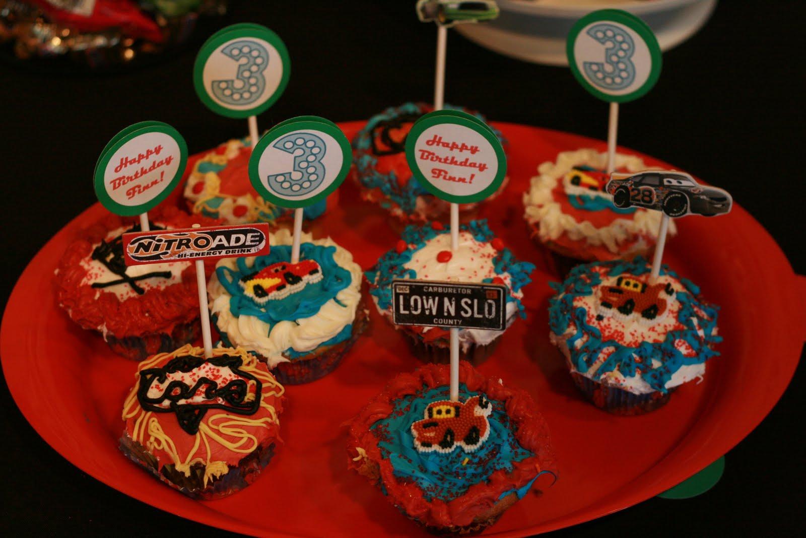 Cartoon Cupcake Simple Ideas