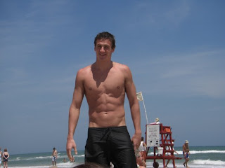 LadyThrills.com: Shirtless Celeb Of The Day - Ryan Lochte