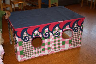 styna und karlson ein spielhaus f r. Black Bedroom Furniture Sets. Home Design Ideas