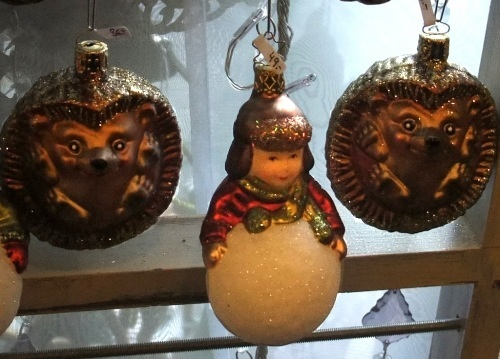 *An English Travel Writer*: Christmas Decorations In