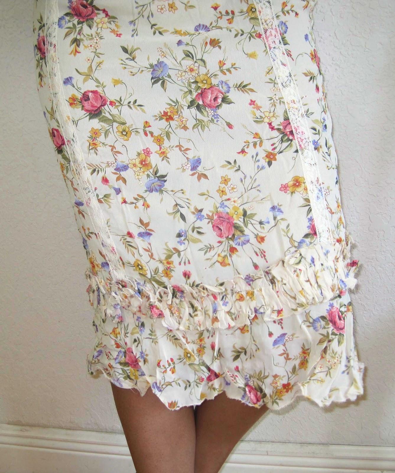 0173e624f Morris & Lucy's closet: Mango MNG Flowery skirt,cream white base & roses