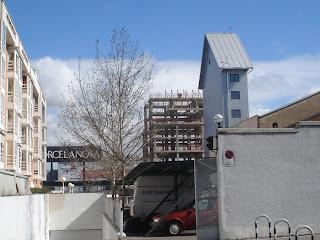 En busca del edificio más estrecho de Madrid