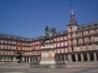 Visitas guiadas en bici por Madrid el día de todos los Santos
