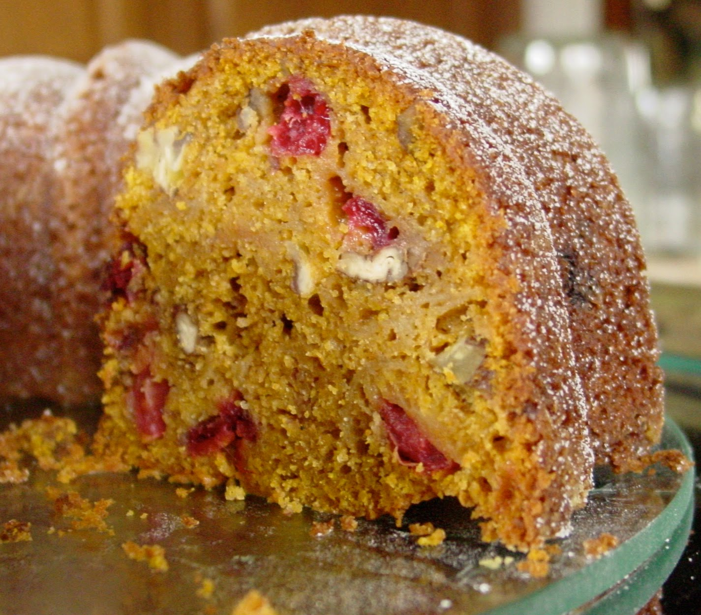 Bungalow Barbara: TWD: All-in-One Holiday Bundt Cake