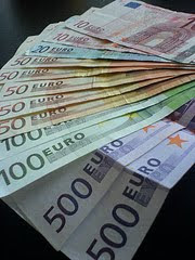 euro bills spread out