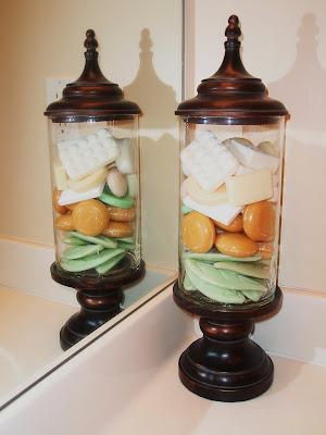 Oxford Impressions Bathroom Apothecary Jar