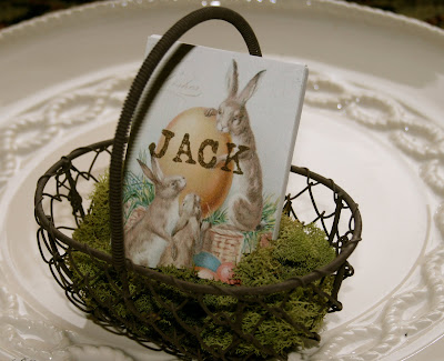 Cute mini-canvas in a basket for a placecard setting