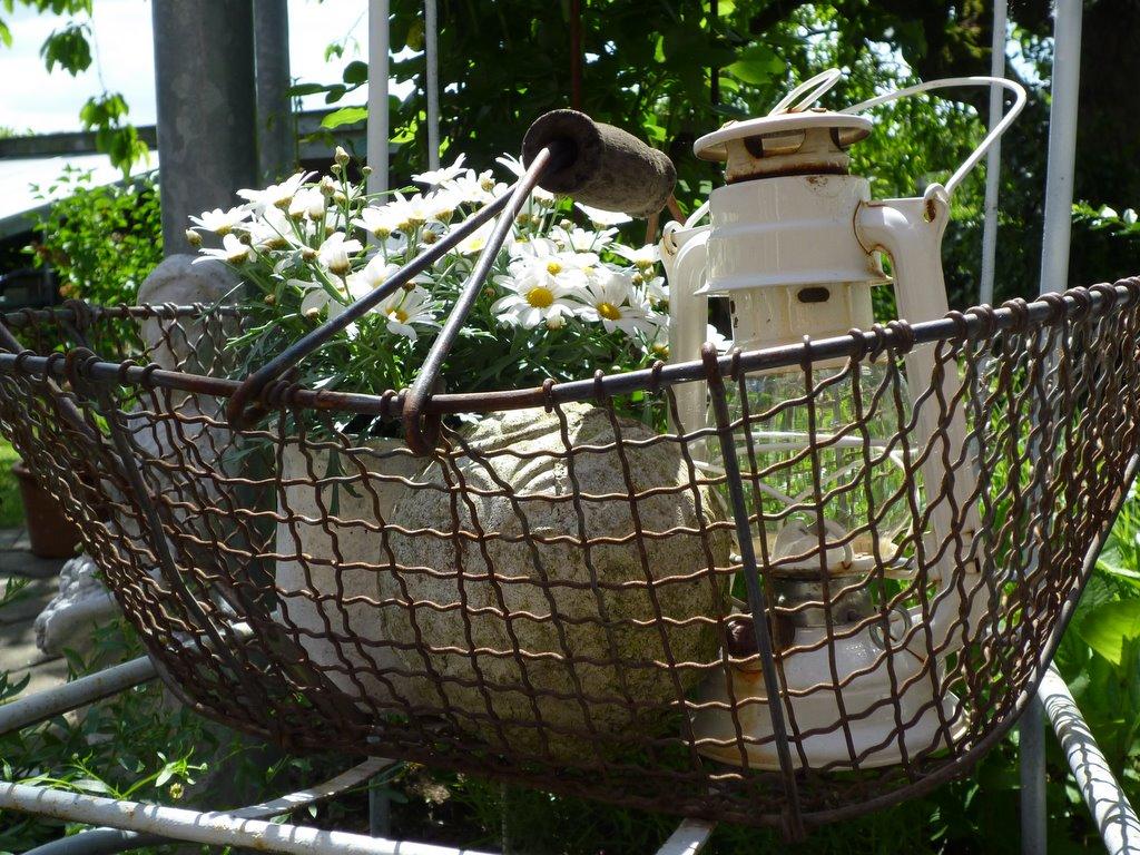 Alte Turen Als Gartendeko Holz Altern Lassen Auf Alt Trimmen Neue