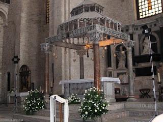 Cucinario Di Nonna Ivana Bari San Nicola Interno Basilica