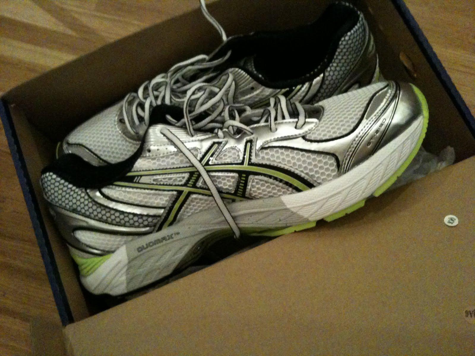 Det krävs mycket goda skäl för att betala 1600kr för dessa skorna… d6ce45770fe73