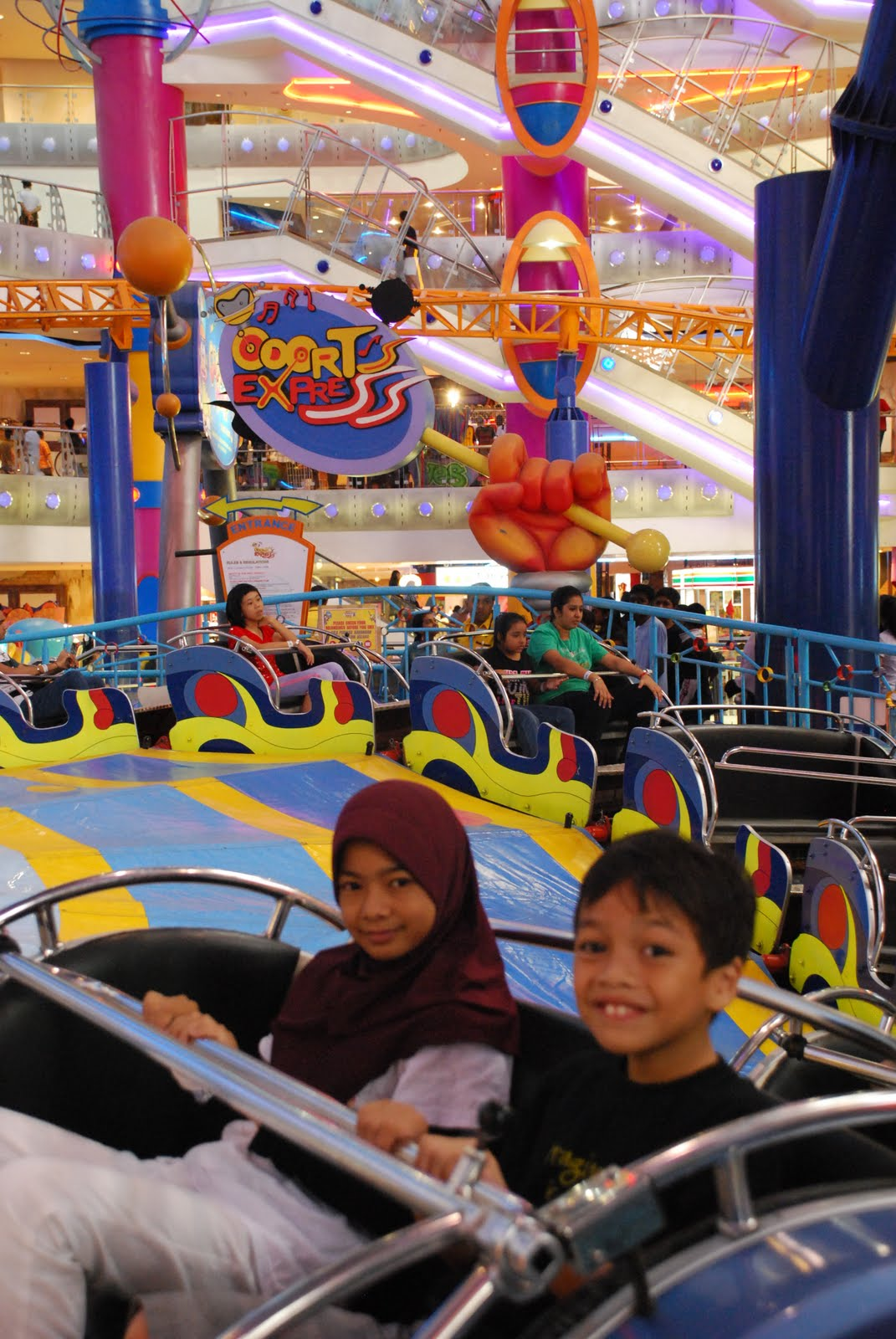 Jurnal Memori: Cosmo's World Theme Park at Berjaya Times ...