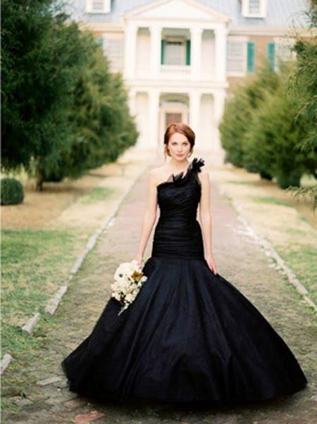Atypical Wedding Dress Es