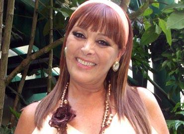 La simpática Silvia Pasquel, el lunes en Hermosillo.