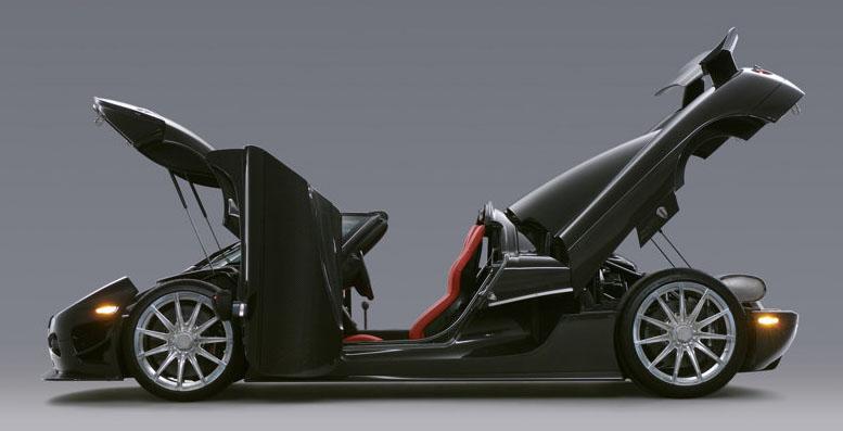 Koenigsegg Ccxr Trevita >> Car Reviews: Koenigsegg CCXR Trevita, 2008