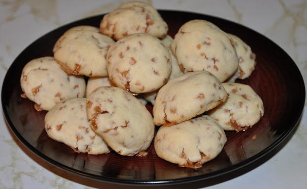 Sophisticated Mommy Skor Shortbread Cookies