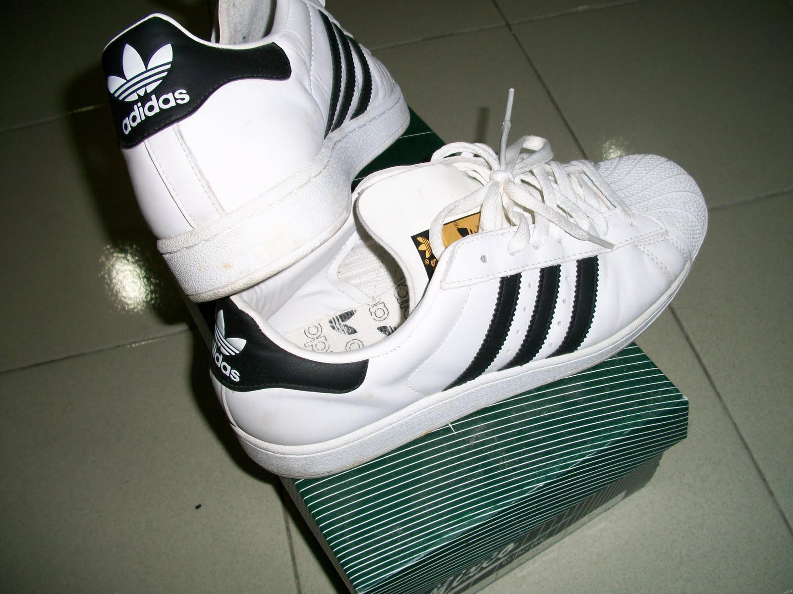 collectible items  Adidas Superstar shoes 6e0b71b79d6a