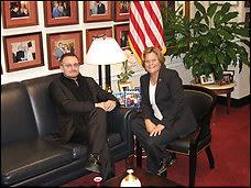 Bono y la congresista Republicana Ileana Ros-Lehtinen
