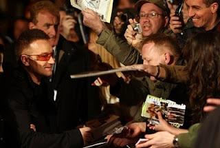 Bono y los fans en Dublin premier U2 3D