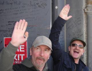 Bono Edge en Hanover Quay Dublin 2008