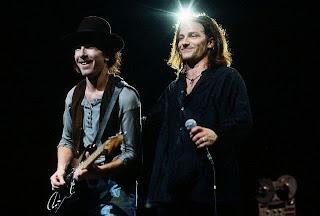 La sonrisa de Bono 8