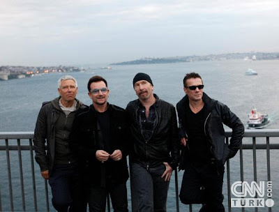 U2 en el Puente del Bosforo 3