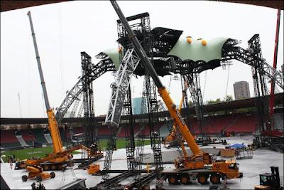 U2 360 tour en Zurich, Letzigrund Stadium