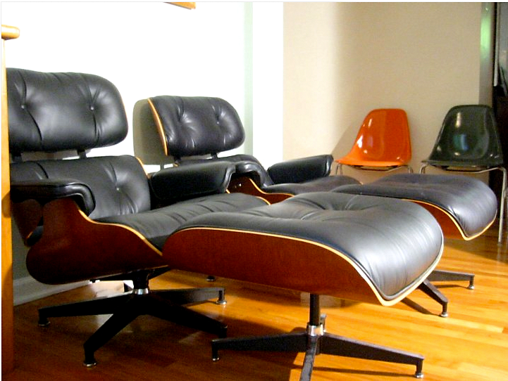 The Cottage Cheese A Pair Of Eames Lounge Chairs