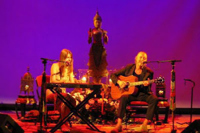 Standin' At The Crossroads : Deva Premal - 2007 - Moola Mantra