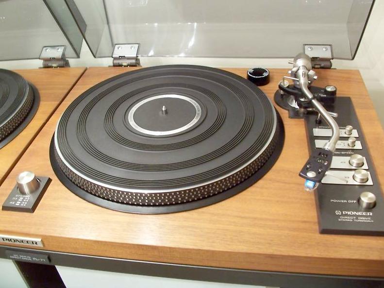 Revolver 4 Pioneer Pl 71 Turntable From 1974 Bill Mcintosh Facebook