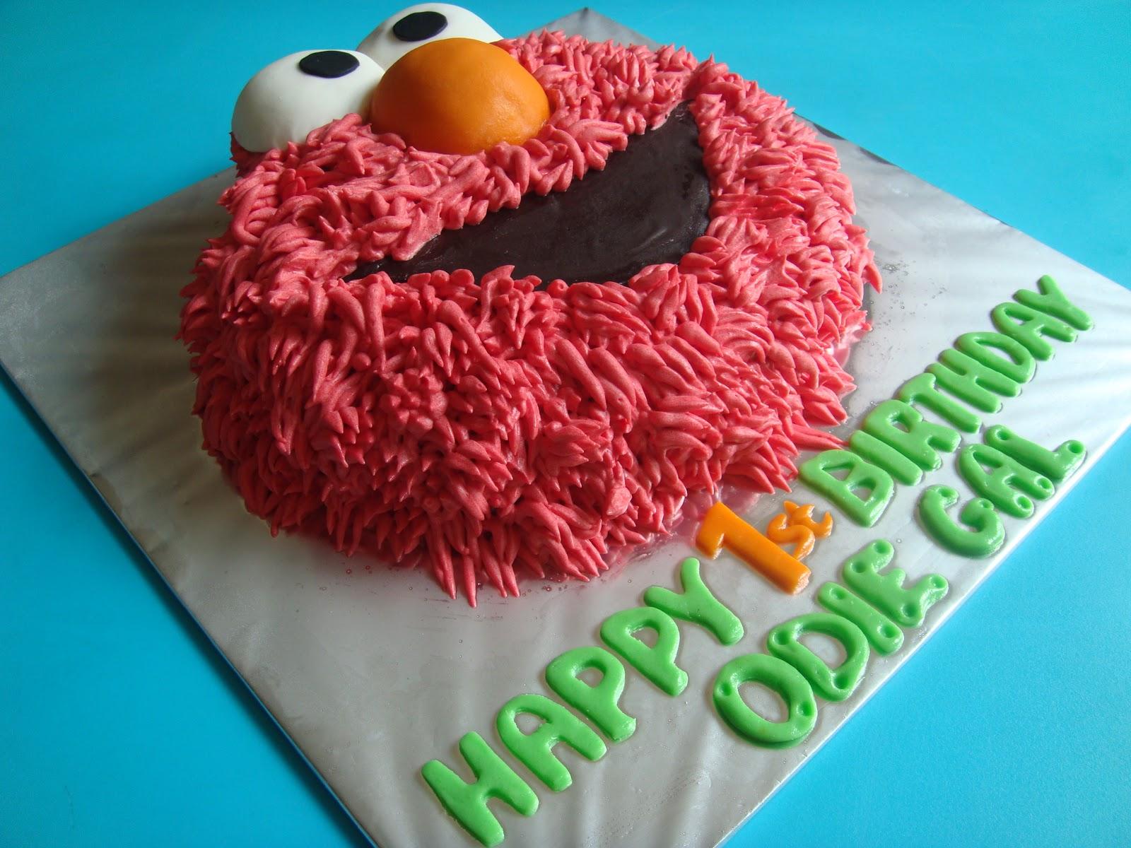 Yummy Baking Elmo Buttercream Cake