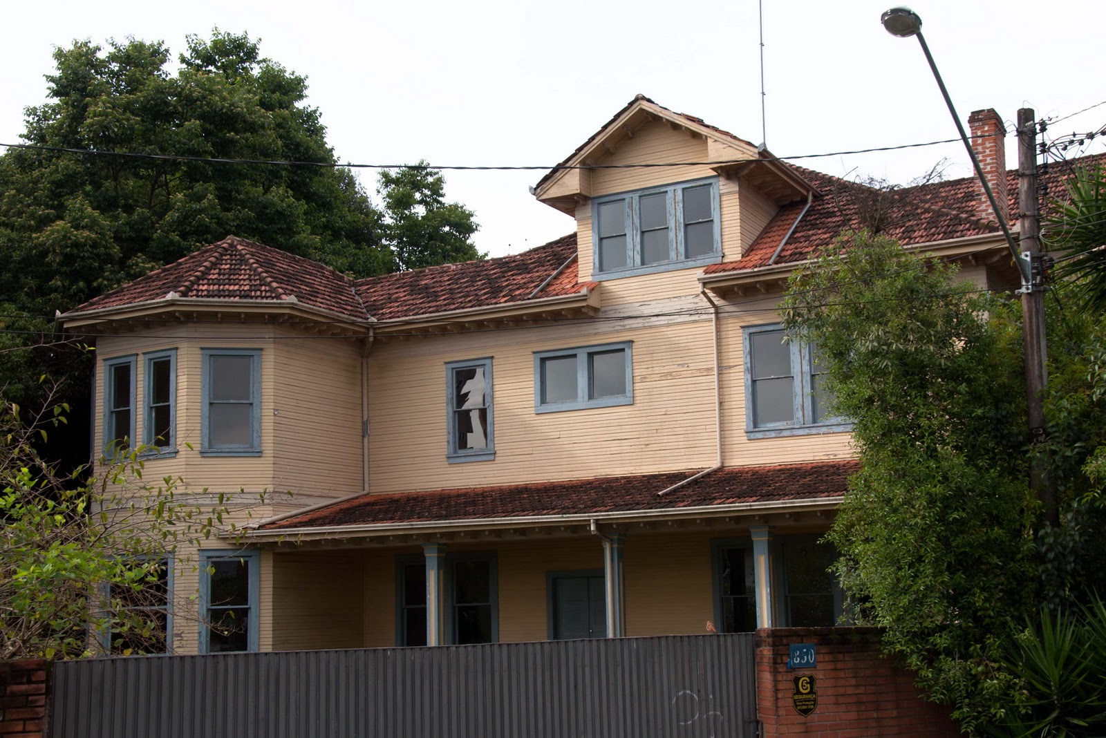 d9a1b2cb296 Casas do Batel 5  Casa Gomm