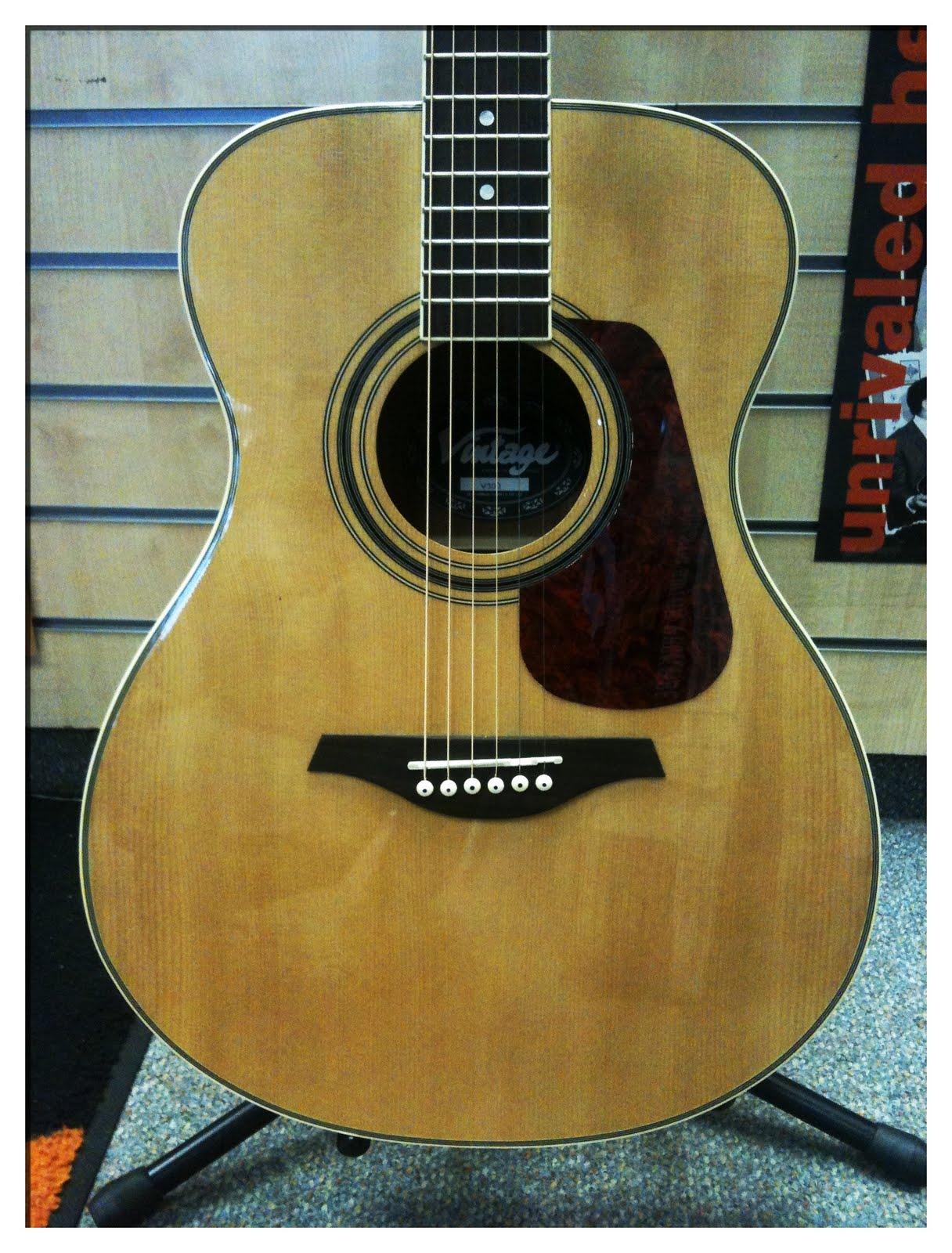 pro music international pre owned vintage v300 acoustic guitar. Black Bedroom Furniture Sets. Home Design Ideas