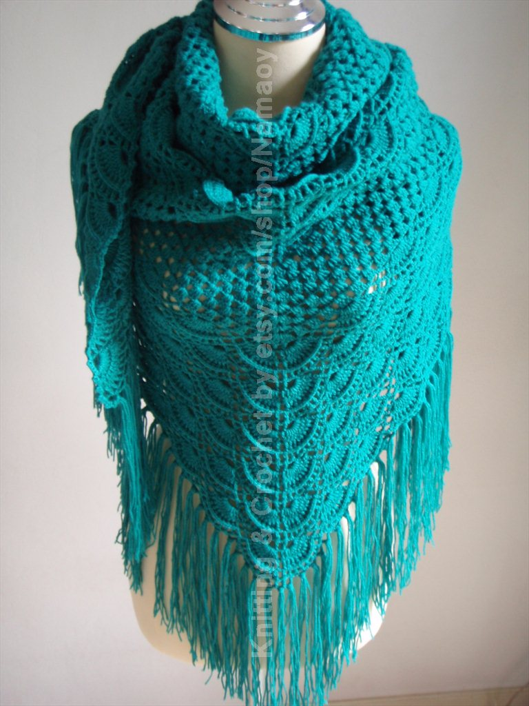 Myknittingdaily: Crochet Shawl Emerald green
