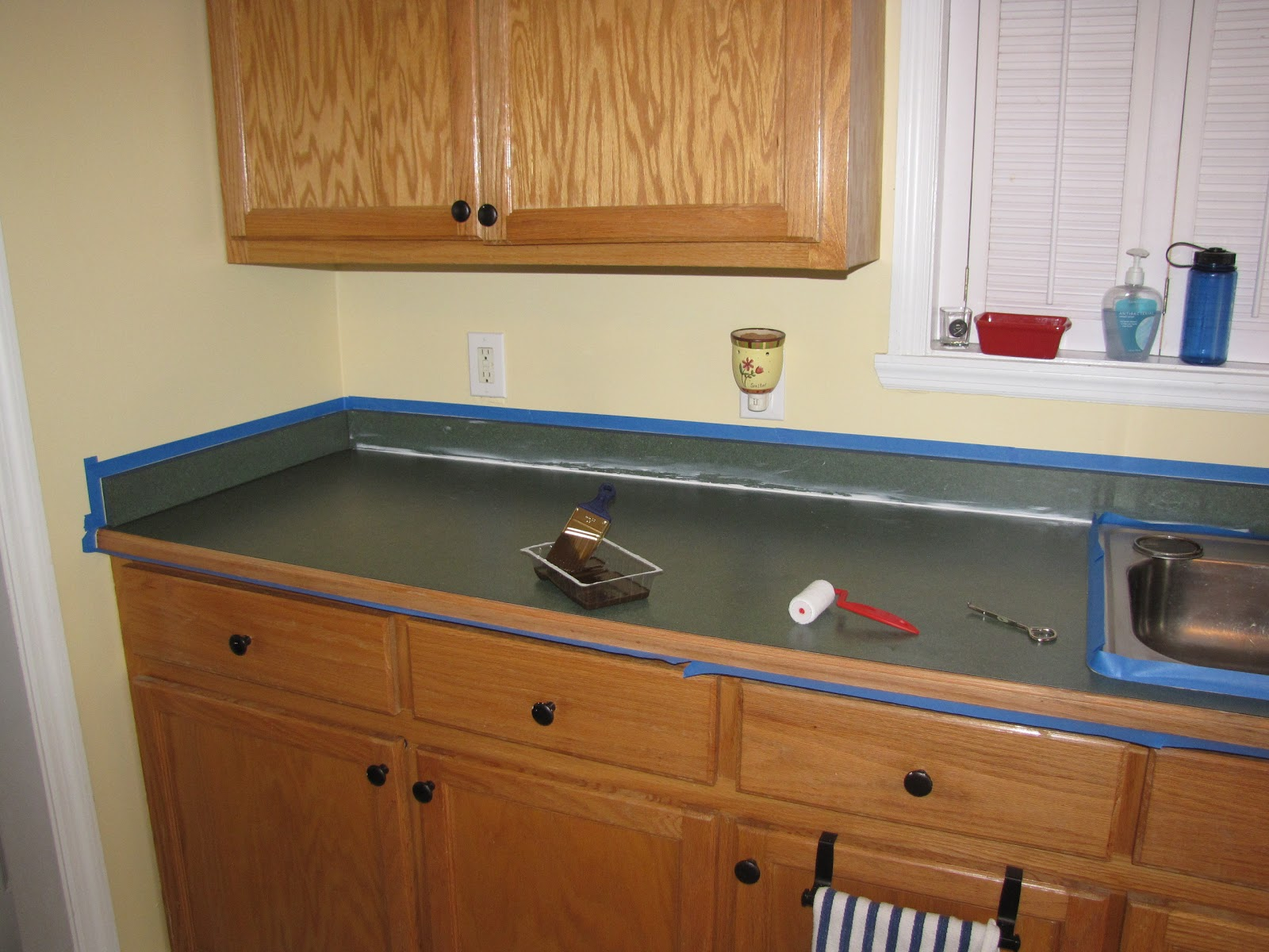 Countertop Epoxy Paint How To Use Rustoleum Countertop Paint Home Improvement
