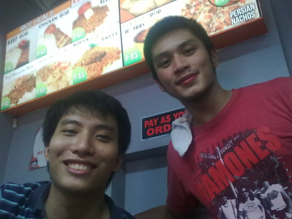 Edong and Carlo at the Kebab Bob counter. I only had my phone, of course.