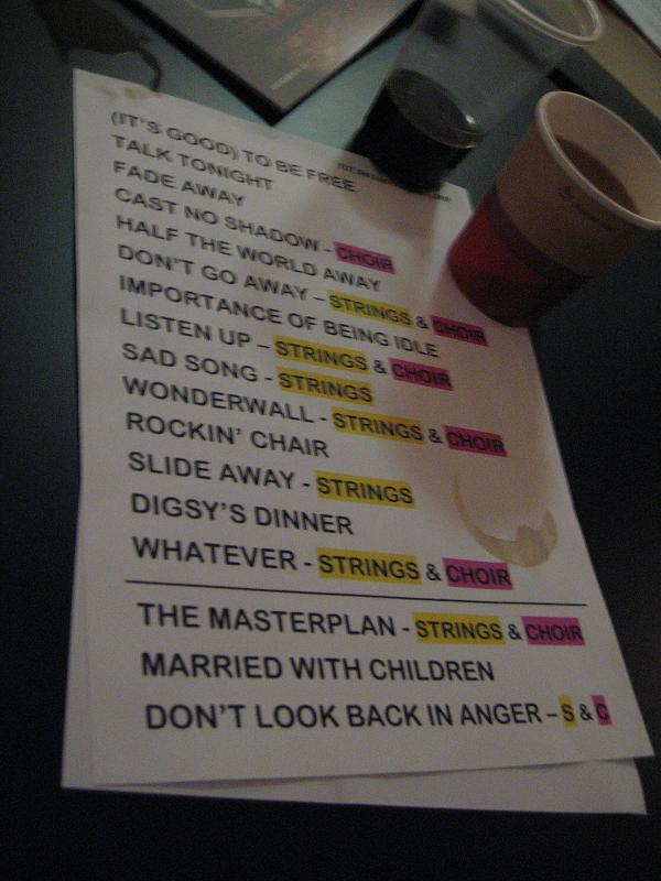 Lyric oasis lyrics masterplan : oasisblues: Noel in concert, night 2: mocking Liam