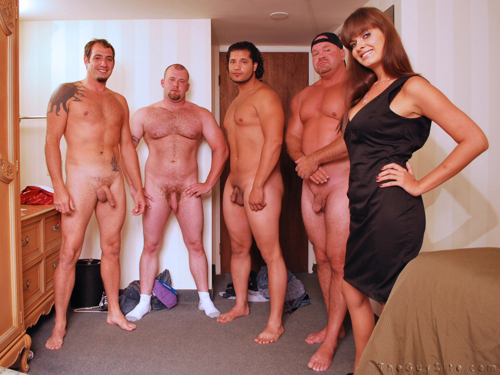 Join nude groups of bbw