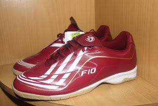 Model sepatu futsal (adidas,nike,mercurial,d.l.l): Sepatu
