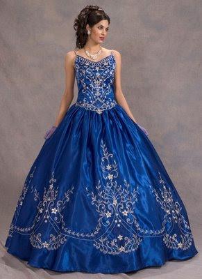 48b86b3d0 Vestido de 15 años - Color azul plata