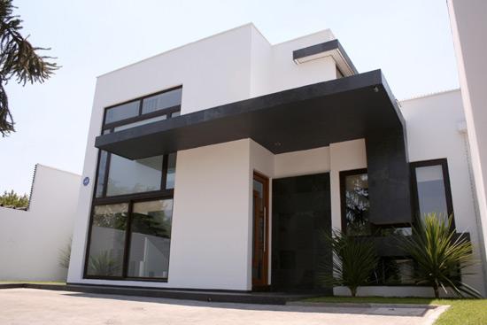 Fachada casa minimalista de 2 pisos fachadas de casas y for Casa minimalistas