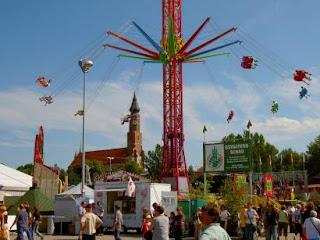 Gäubodenvolksfest Fairground Rides