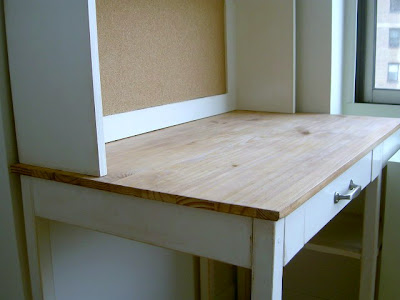 simple desk top using premade 2' x 4' pine panel