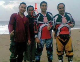Foto Penampakan Nyi Roro Kidul  Juru Kunci