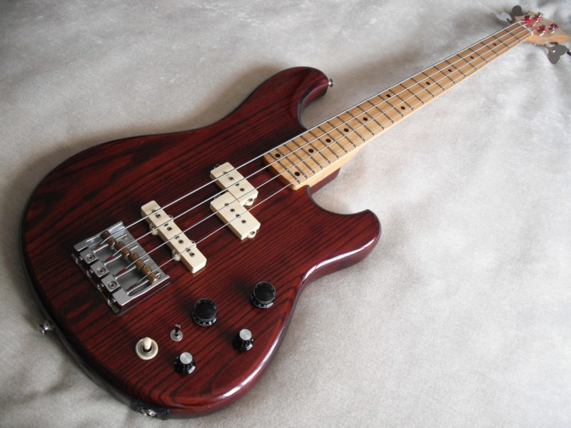 flat eric 39 s bass guitar collection ibanez old and new. Black Bedroom Furniture Sets. Home Design Ideas