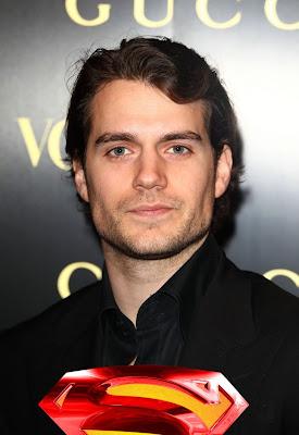 Henry henry cavill 5315234 842 1222 3 Aktor Aktor Yang Membintangi Film Superman