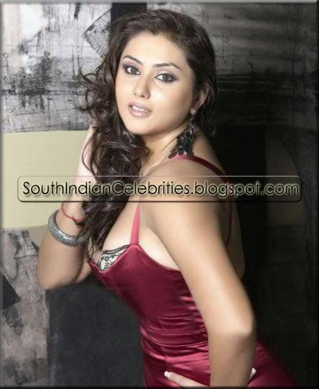 Sneha Stills Murattu Kaalai Sneha Upcoming Tamil Movie: Cine News: Balakrishna Escaped